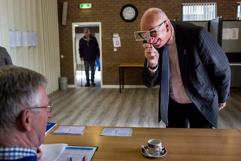 Pieter van Lierop persfotograaf Zaltbommel burgemeester Albert van den Bosch